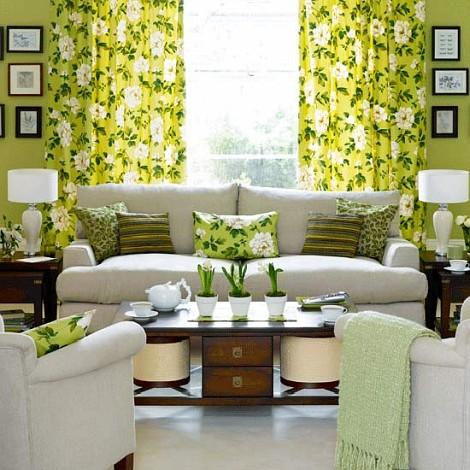 cozy-floral-living-room-arrangement